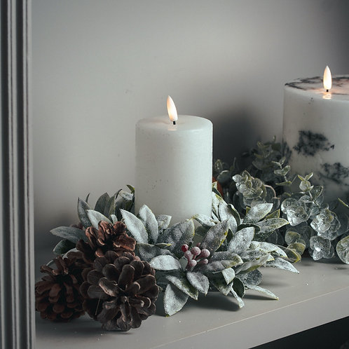 Small Frosted Candle Wreath