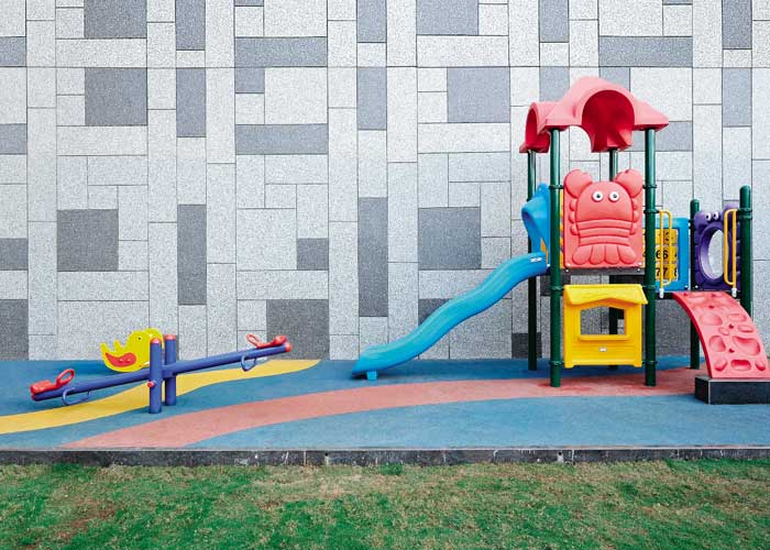 KID'S PLAY AREA