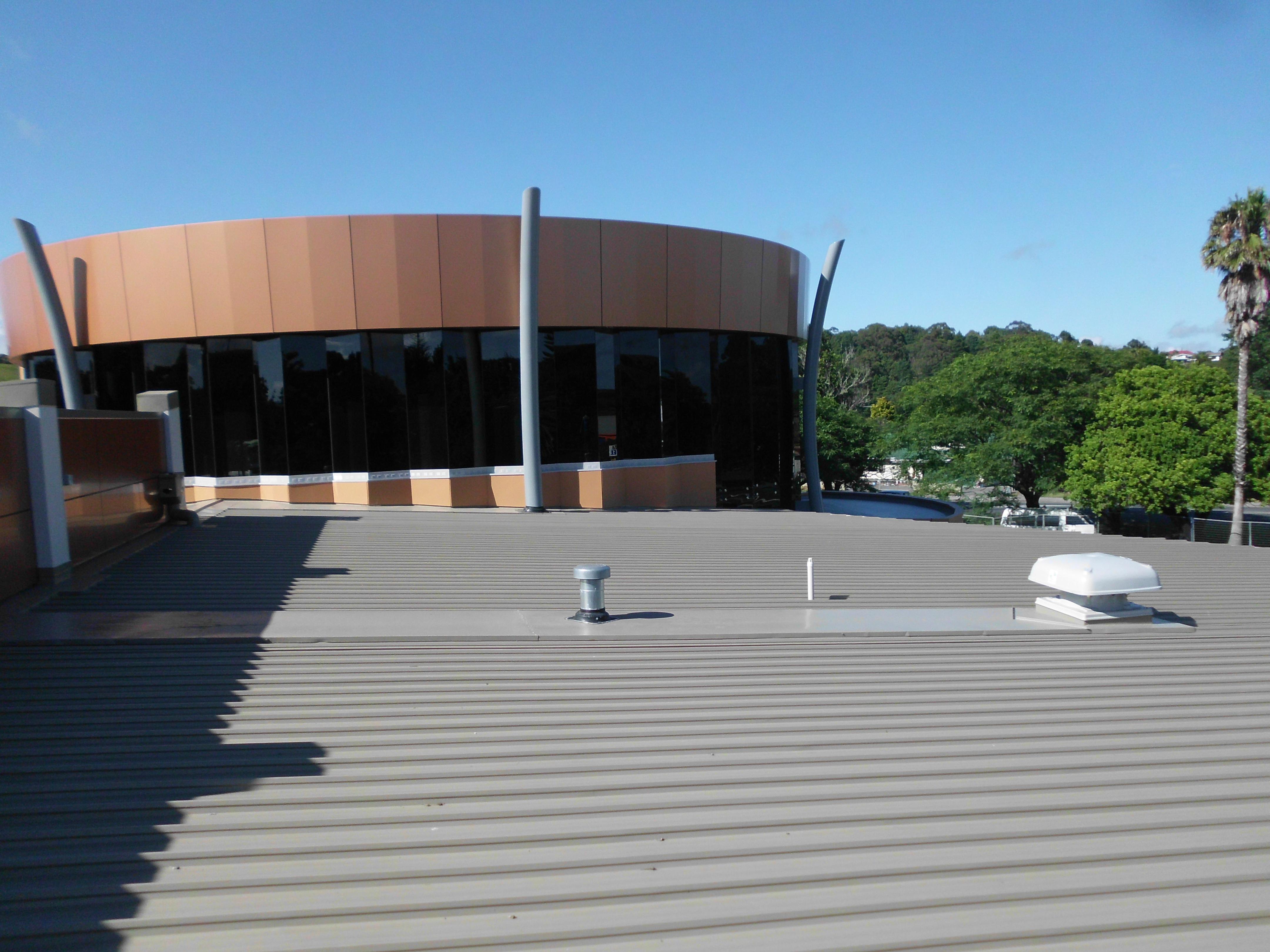 Te Ahu Centre - install Metal & Enviroca