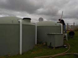 Ben & Hohaia--Vac clean 2 tanks-4.01.17.