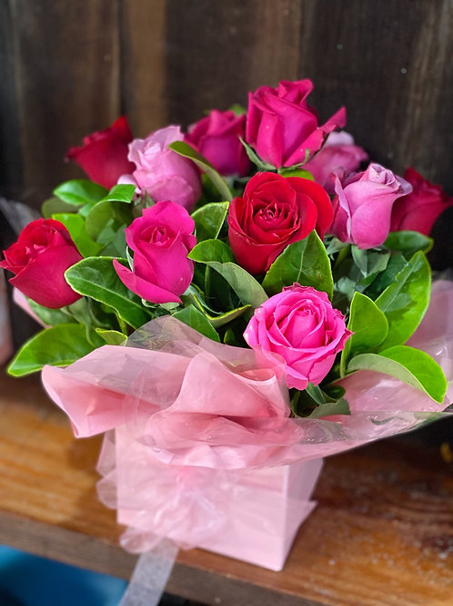 Sweet dreams (dozen mix red and pink rose box)