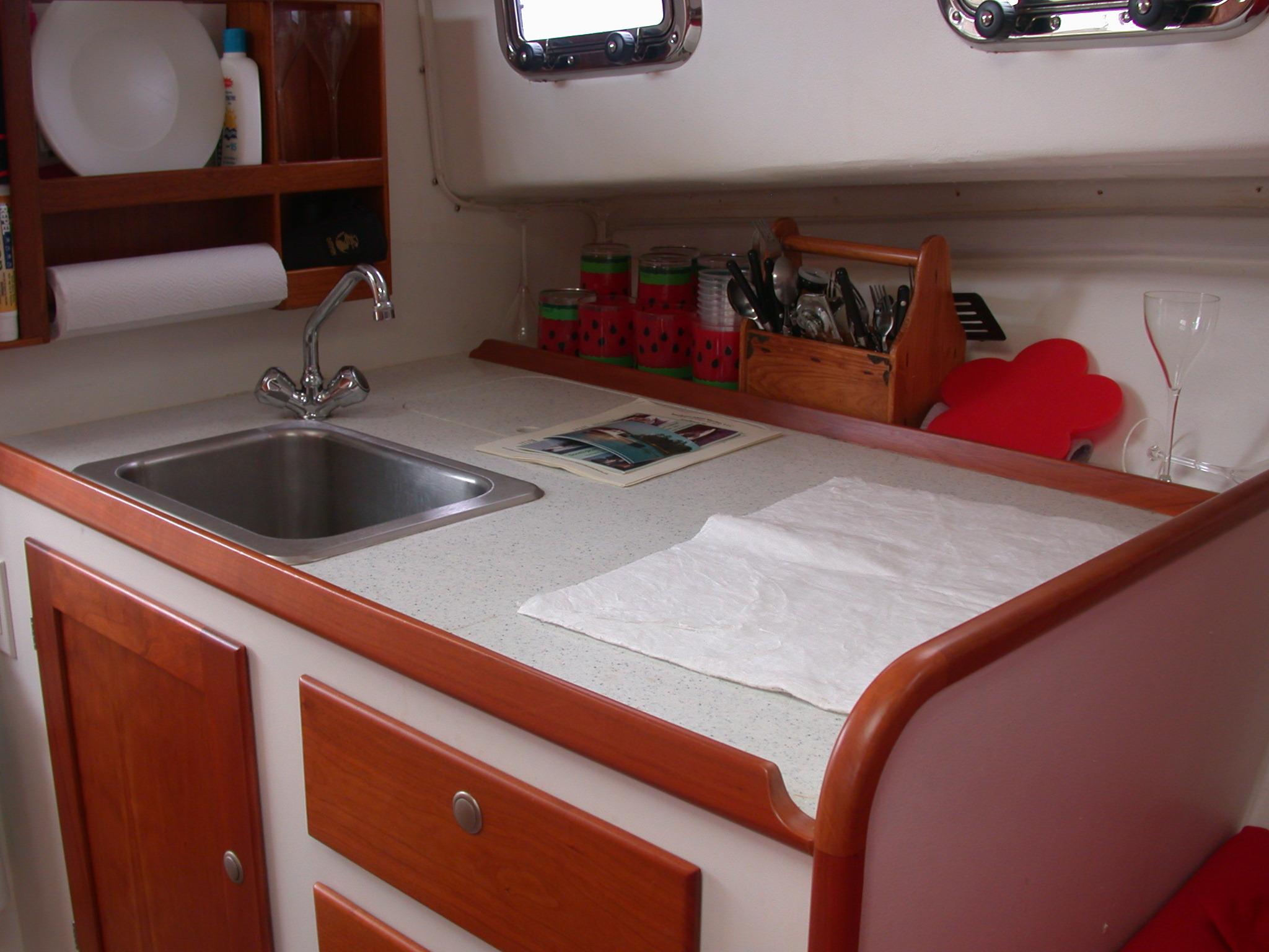 Southport Island Marine Hull 13