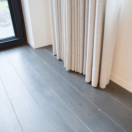 Eiken plankenvloer in twee lagen gelakt