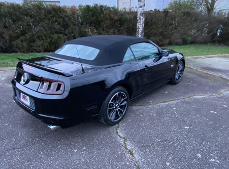 FORD MUSTANG GT - 2014
