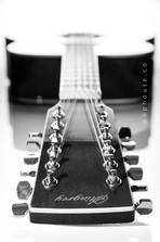 guitarra_by_bphouse-5211_jpg_bn.jpg