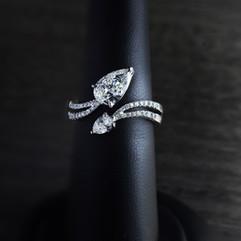 鑽石  18K白水滴型 鑽石戒