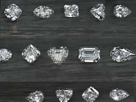 鑽石的品質經常是感覺差距小!價格差距大! 聊聊也許妳沒聽過的寶石學