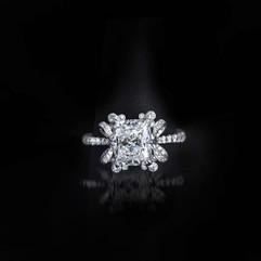 鑽石 18K白方型鑽石戒