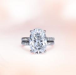 鑽石 18K白橢圓鑽石戒