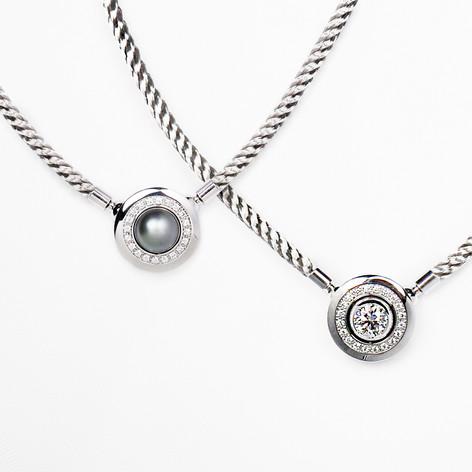 (e)motion necklace