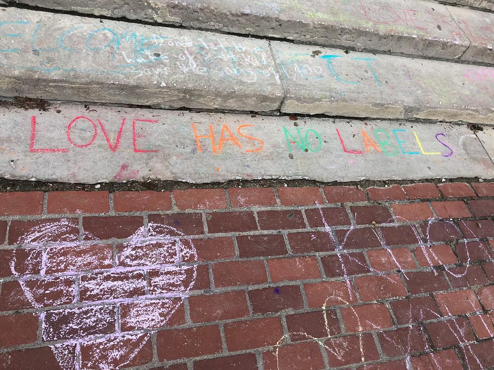 Chalk drawings of love