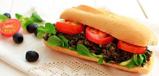 olivová tapenáda, tapenáda z čiernych olív, olivy, vegánska olivová nátierka, vegánska olivová tapenáda, vegánska tapenáda