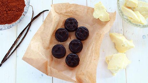 homemade chocolate, raw chocolate, domáca čokoláda, raw čokoláda, bez cukru, bezlepková, zdravá čokoláda