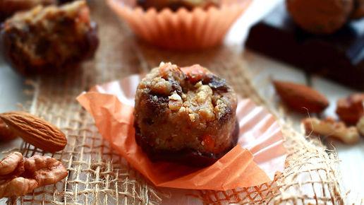 mrkvovo - orechové pralinky, mrkvové pralinky, orechové pralinky, zdravé pralinky, raw pralines, raw carrot nuts pralies, raw desserts, raw dezert