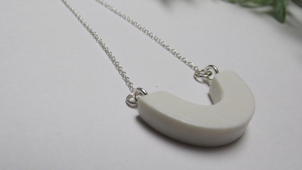 'Semicircle' necklace. (Sterling silver)