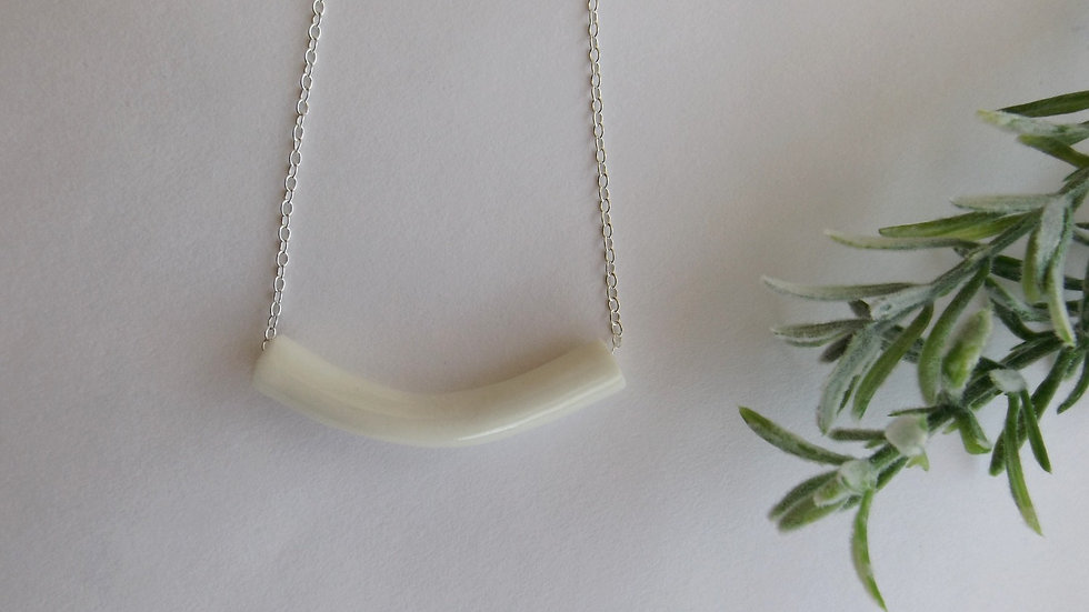 'Curved Tube' necklace