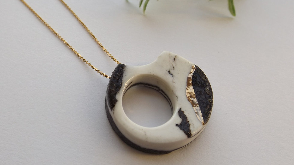 Black and White 'Abstract' necklace