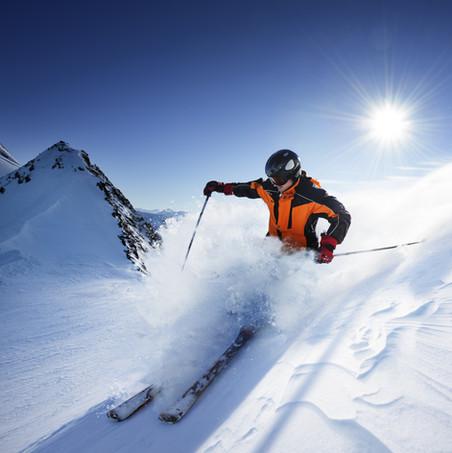 Skifahren und Skitour