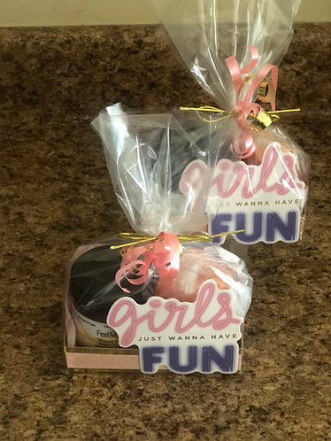 Gift Boxes & Party Favors