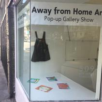 Pop-Up Gallery