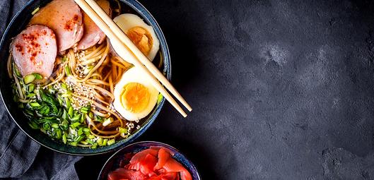 Sushi y ramen.png