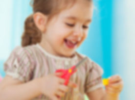 toddler_using_scissors.jpg