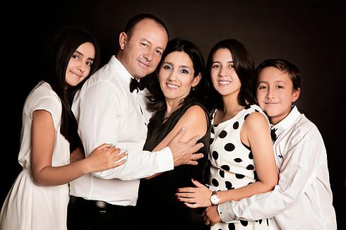fotografias familias bogota marisol castano studio109 familystudio  familiar46.JPG
