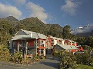 Distinction Fox Glacier Te Weheka Hotel.