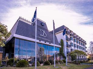 Distinction Hotel.jpg