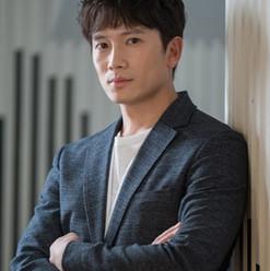 Ji Sung.jpg