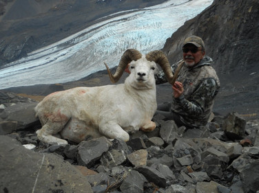 Mike Kenney with his 11 year old ram from 14C. 38 3/8 x 38 3/8 x 13 4/8. B&C green score 161 4/8.