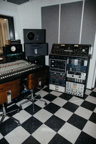 20200507-Lolipop-Records-33.jpg