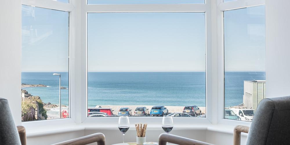 https://orangeroofs.co.uk/properties/coastal-seascape/