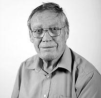 Numismatic expert John Sadler of Lockdales auctioneers in Suffolk