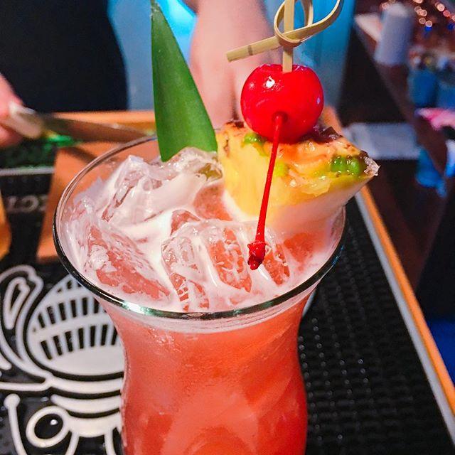 Singapore Sling, the most popular cocktail in Singapore🍹_wildgoji_sa #texas #satx #sanantonio #love