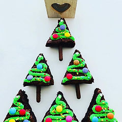 Christmas Tree Brownies.jpg