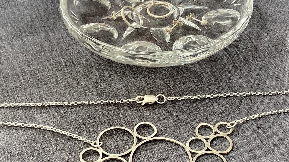 Maxi Circle Necklace