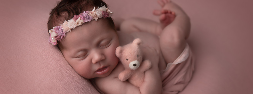 Sydney Newborn baby photograph
