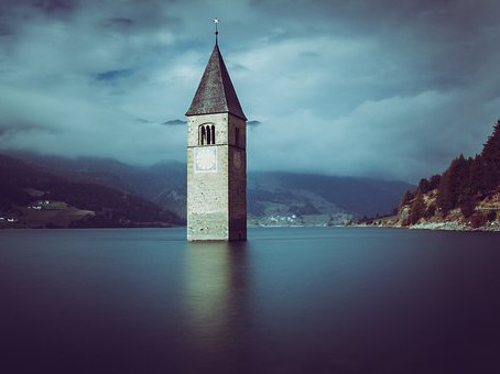 El campanario sumergido en Italia- entre fantasía y realidad