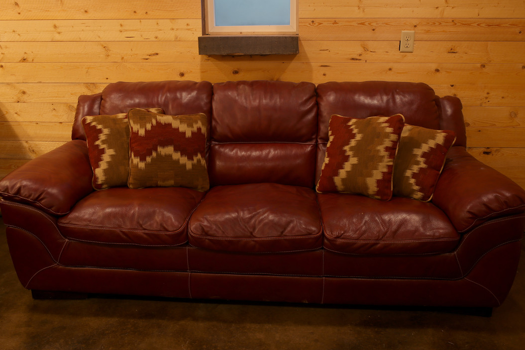 Brides Dressing Room Couch at Red Barn Events Center
