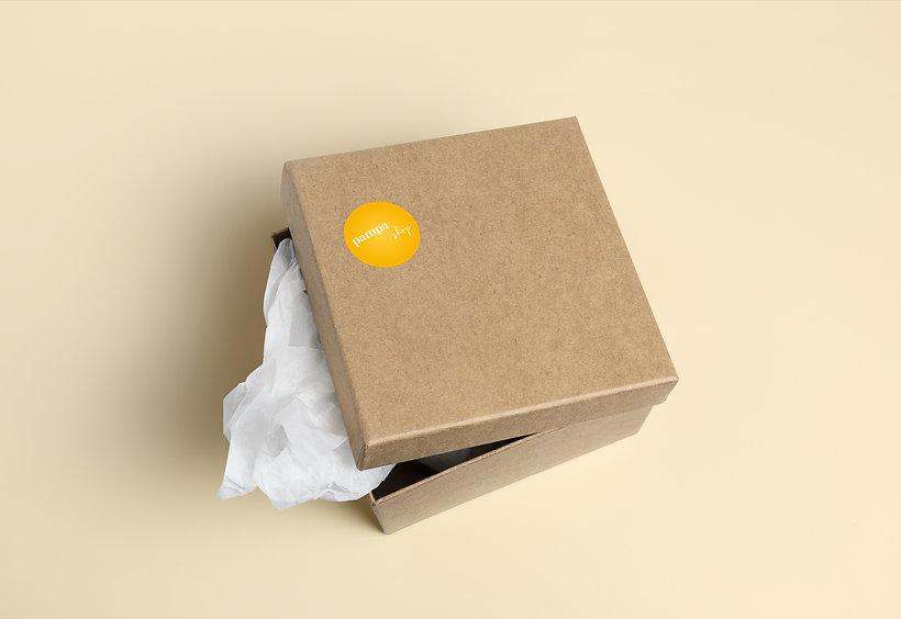 Boite emballage avec stickers, le pampa shop