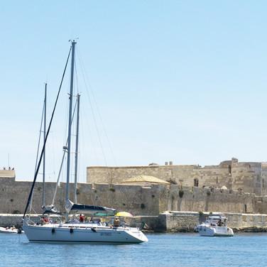 Castello Maniace, fortificazioni , porto grande