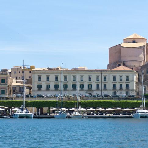 Porto grande , Passeggiata lungomare di ponente,  Marina di Siracusa