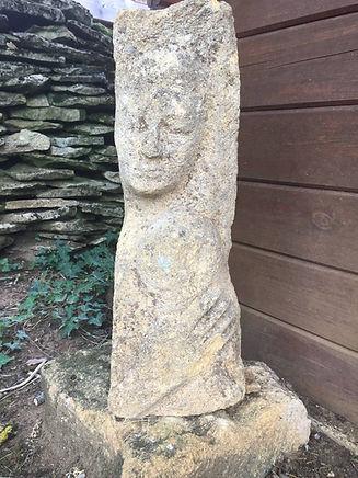 sculpture_tête_mains.JPG
