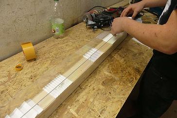 Foto einer Testrinne aus Plexiglas für Matten-Prototypen