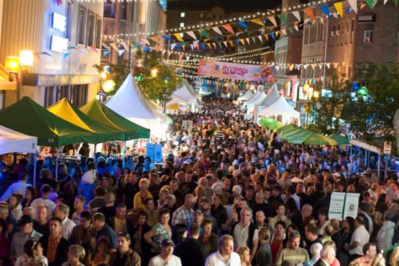 festival-international-des-rythmes-du-monde-rue-racine