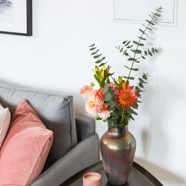 Mesa de apoio ao sofá