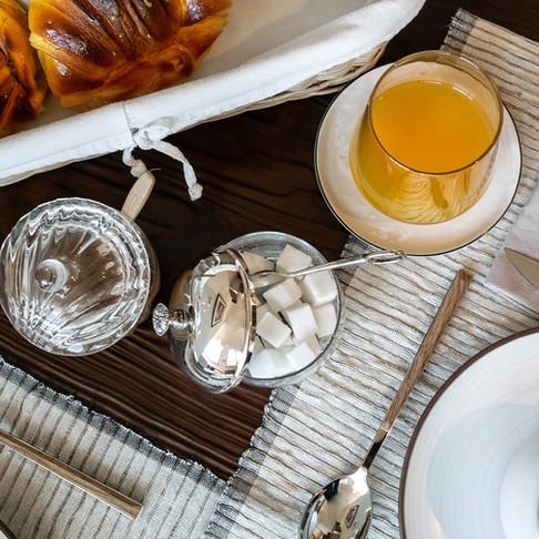 Mesa de pequeno almoço