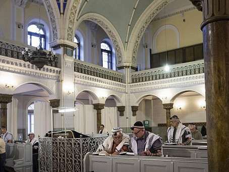 Lithuanian Jews Close Only Synagogue Due to Threats