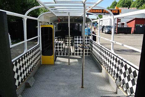 Partybuss123.jpg